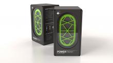 超小型燃料電池「PowerTrekk」 外箱